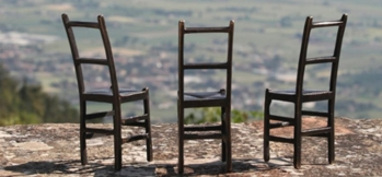 cropped-chairs.jpg